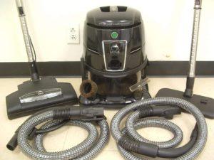 vacuum that uses water